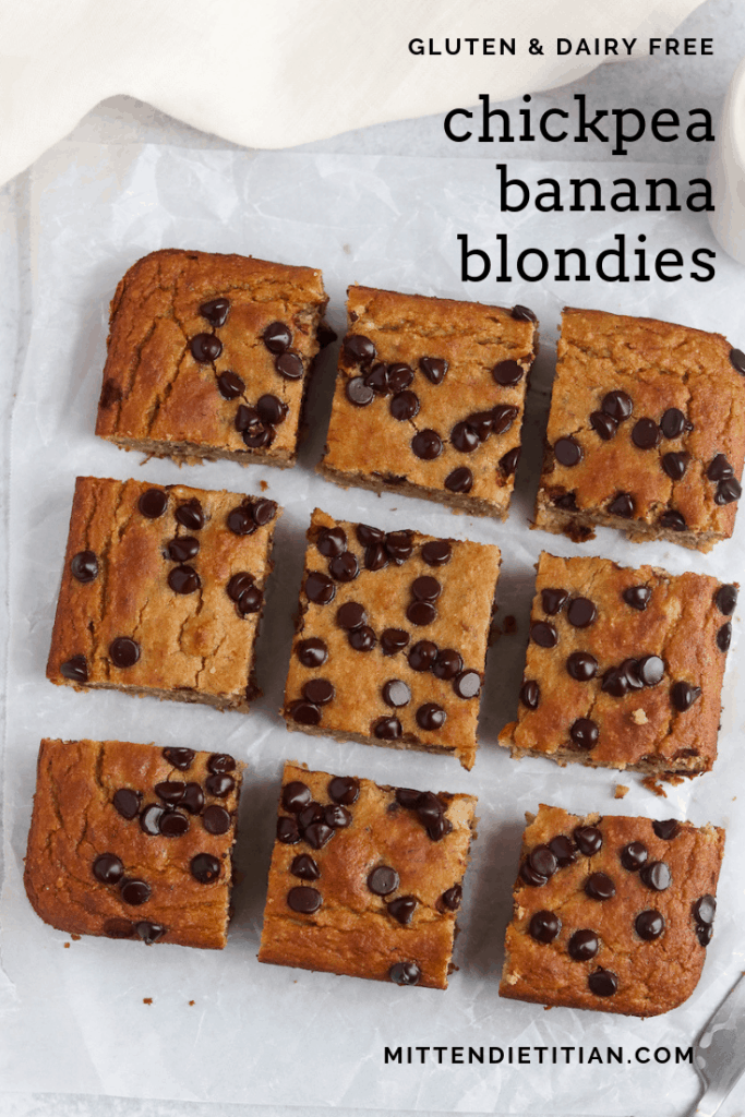 These gluten free and dairy free chickpea banana blondies will be your new favorite treat! Yet, healthy enough to have for breakfast!! #healthydessert #glutenfreerecipes #dairyfreerecipes