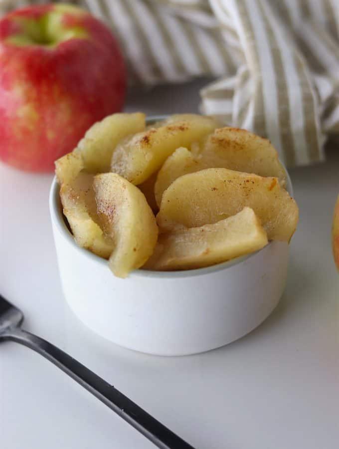 warm Crockpot Baked Apples