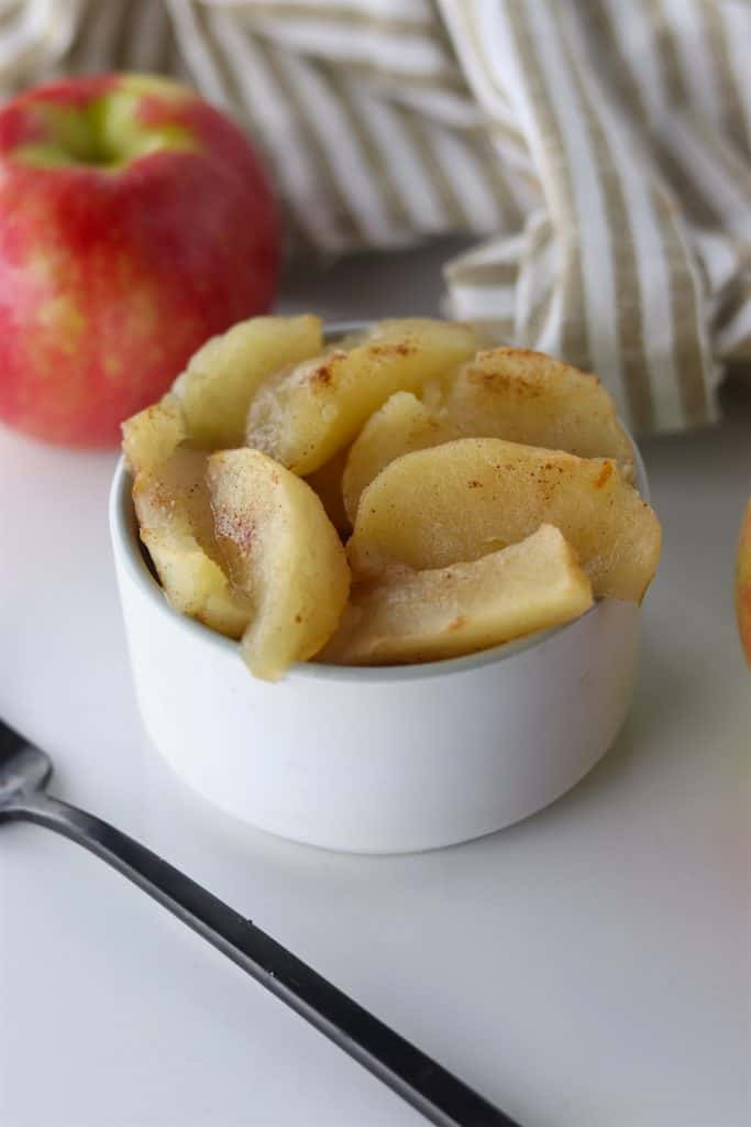warm Crockpot Baked Apples