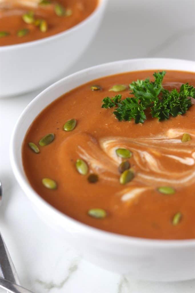 close upcreamy butternut squash & tomato soup
