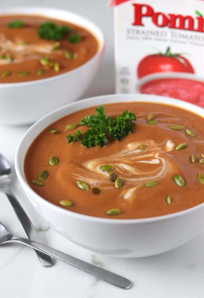 Pomicreamy butternut squash & tomato soup