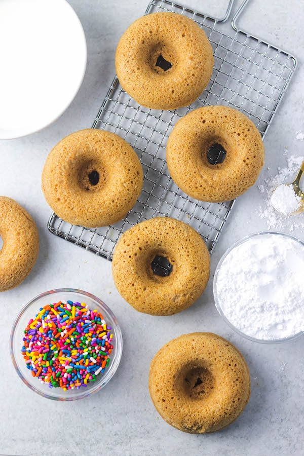 baked whole wheat donuts