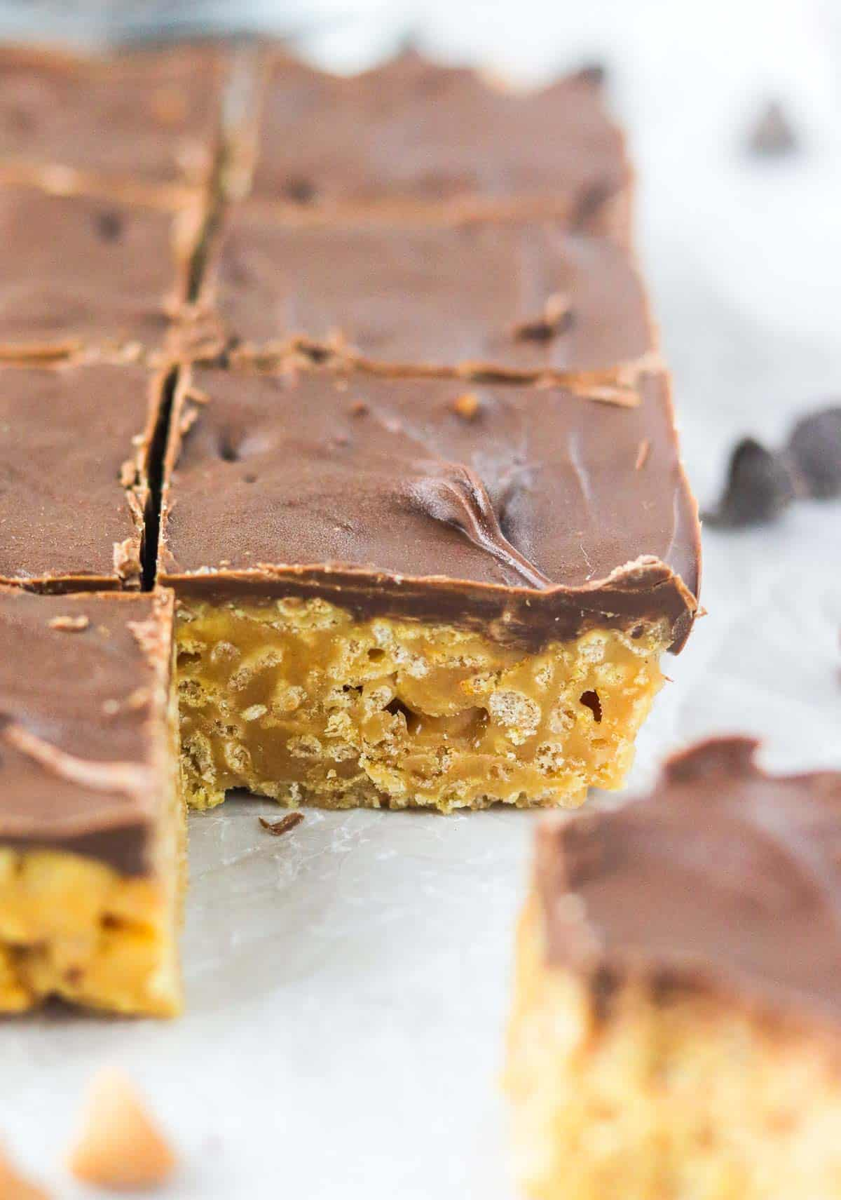 cut Scotcheroo Special K Bar from the side.