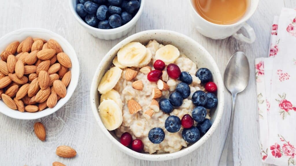 oatmeal to help feeling bloated after eating