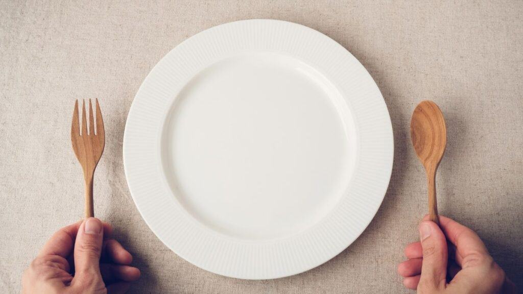 empty plate with untensils