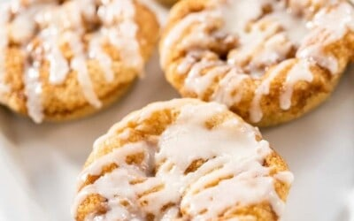 oven baked cinnamon roll donuts.